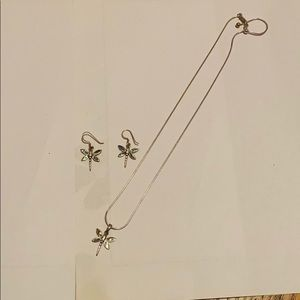 GORGEOUS DRAGON FLY NECKLACE/EARRING SET SS